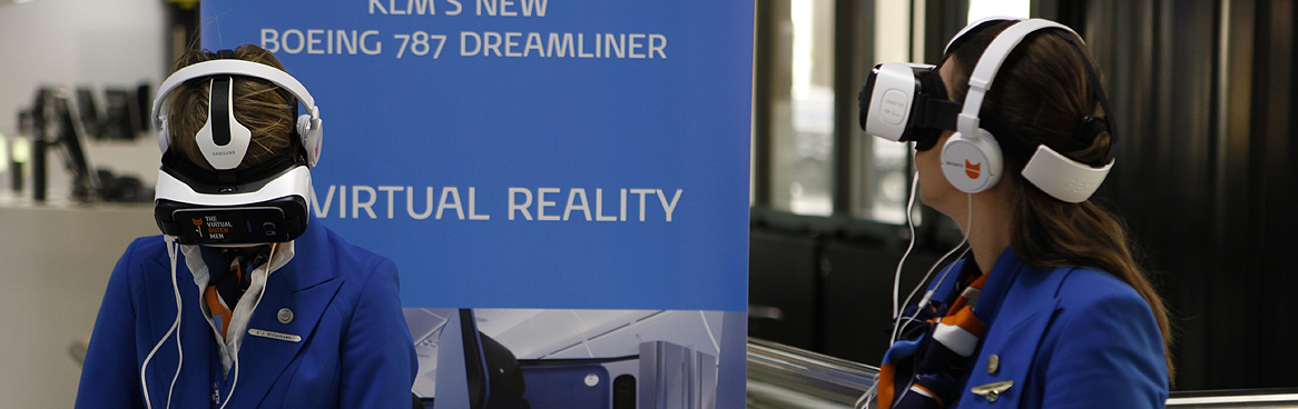 KLM Boeing 787 Dreamliner VR Experience. We'll take you flying!